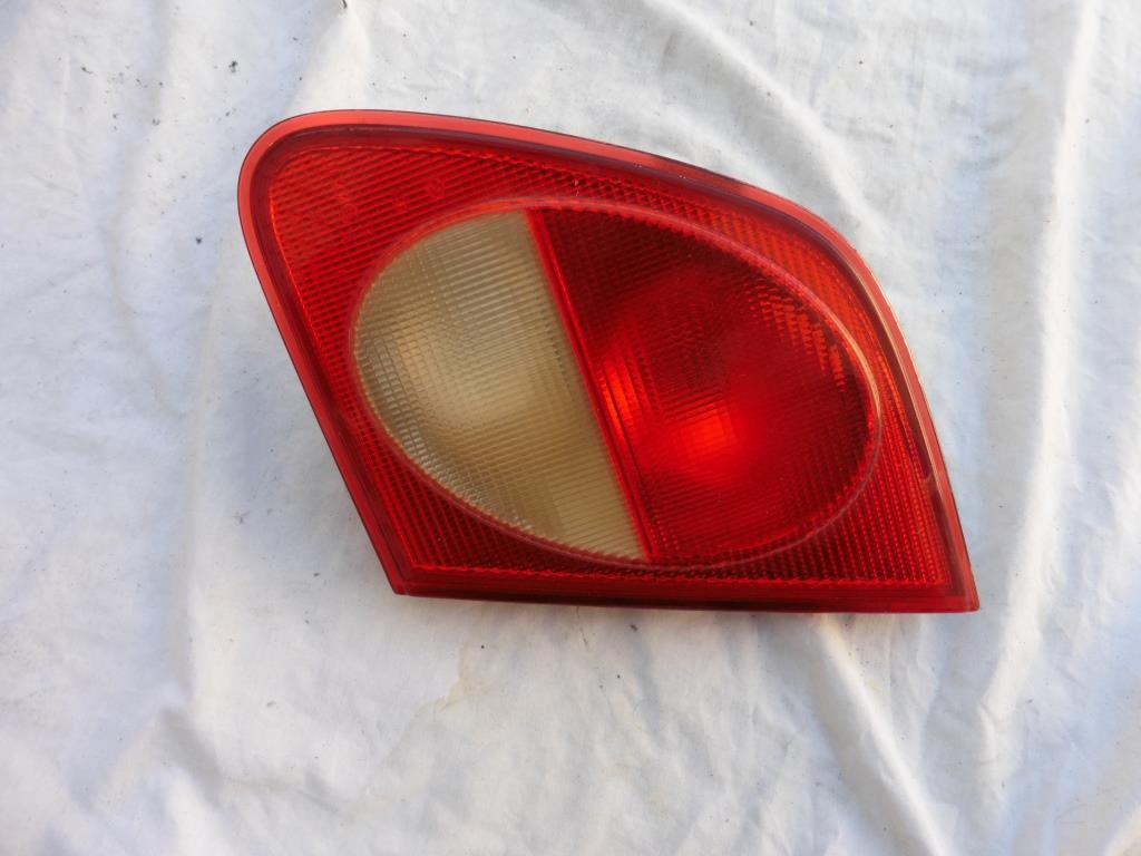 Mercedes Benz E Class Rear Right Passenger Tail Light Lamp A2108203064 OEM A1