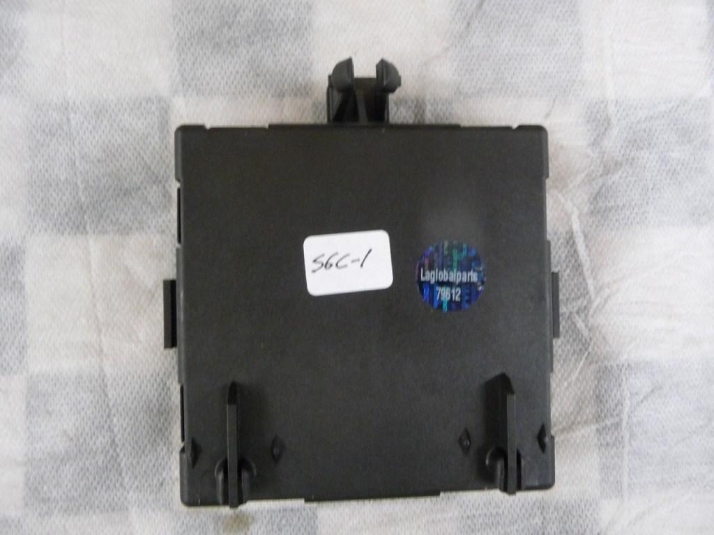 Mercedes Benz GL Class Front Left Driver Door Control Module A1669005012 OEM A1