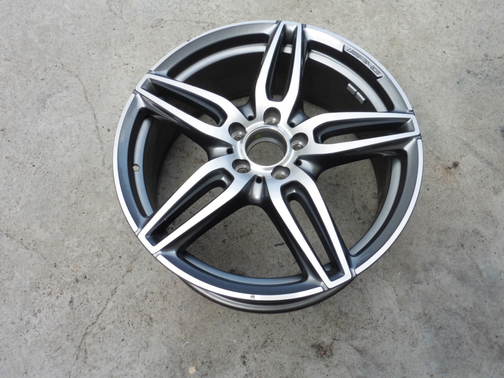 Mercedes Benz E Class 5-Twin-Spoke Alloy Wheel 8J x 19 ET43 A2134012000 OEM A1