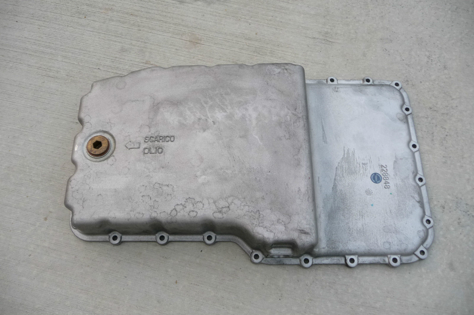 2009 2010 2011 2012 2013 2014 Ferrari California Oil Sump 240052  - Used Auto Parts Store | LA Global Parts