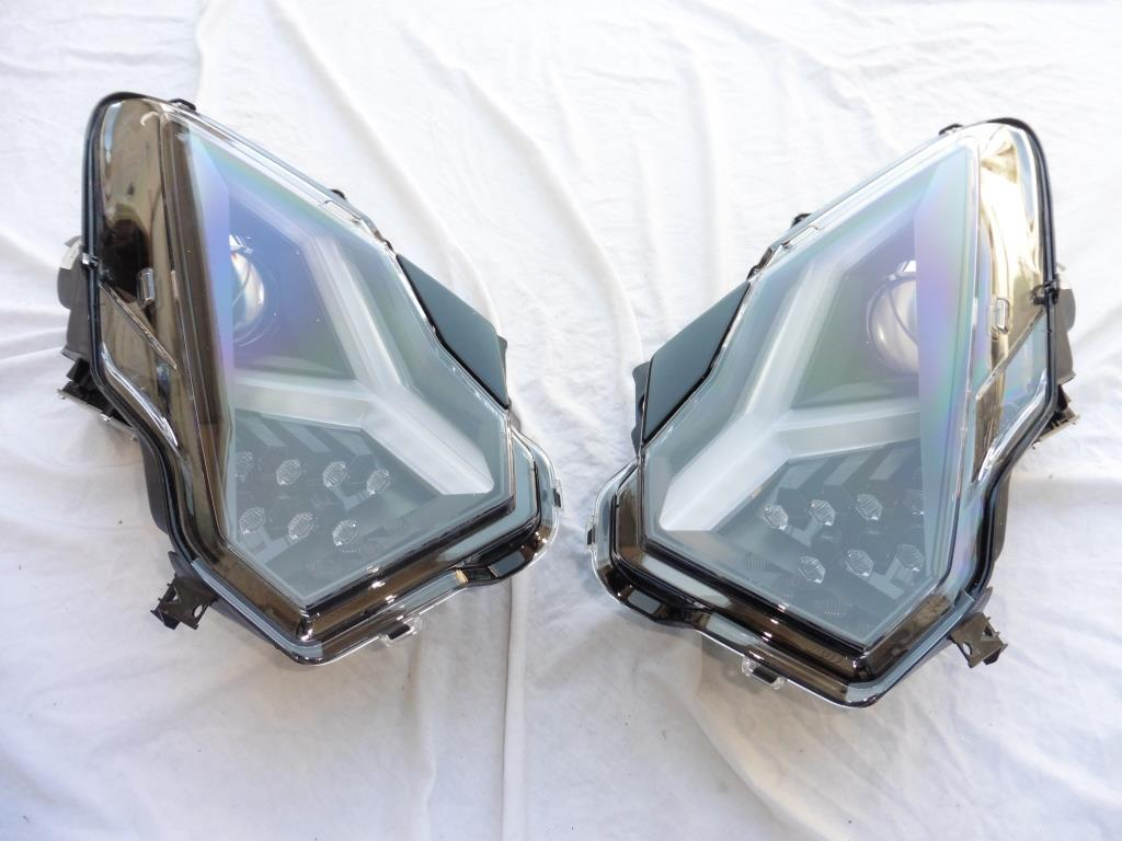 Lamborghini Aventador LP700-4 Left & Right Passenger side Headlight OEM OE
