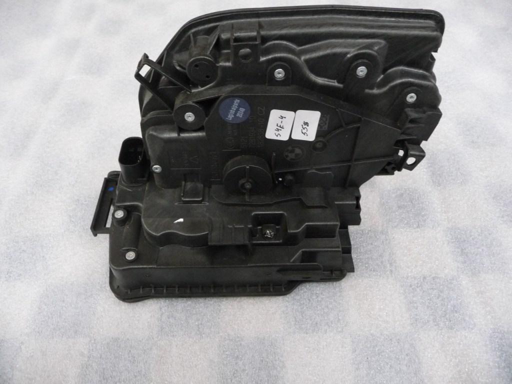 2014 2015 2016 2017 BMW F48 F15 F85 F16 F86 i3 X1 X5 X6 Front Right Door Lock Actuator Motor 51217281934 OEM A1