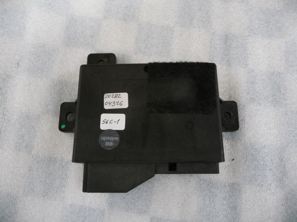 Mercedes Benz S Class Infrared Key Lock Control Module 2028204326 OEM A1