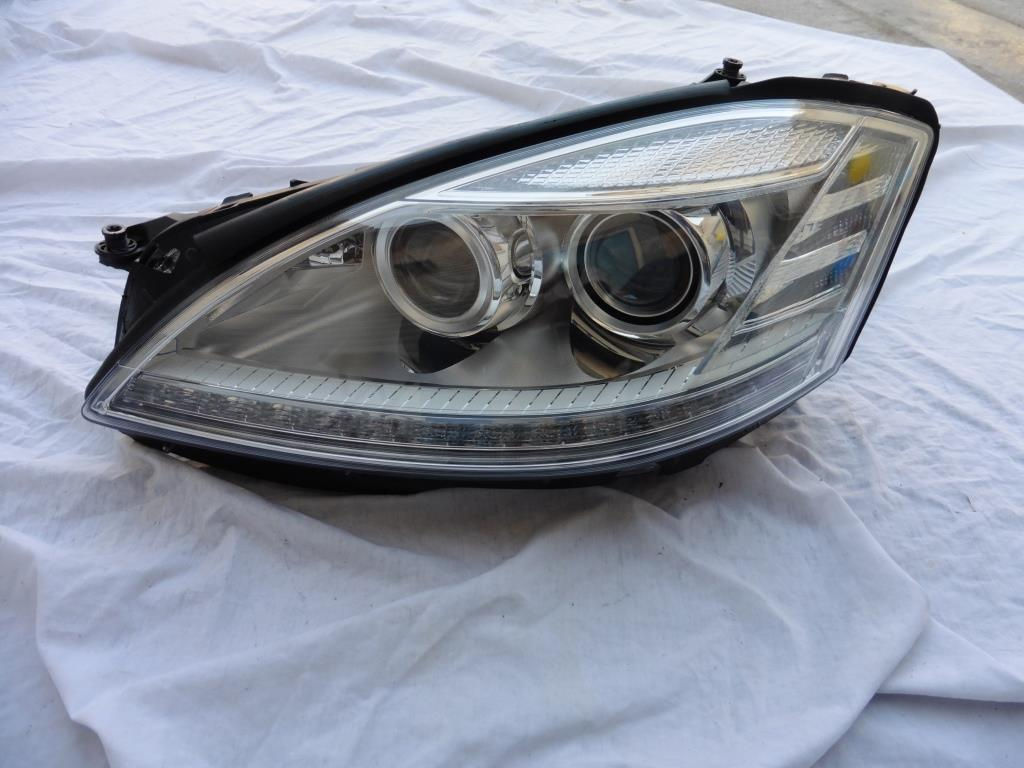 Mercedes Benz W221 S63 S65 Left Driver Night Vision Headlight 2218202539 OEM