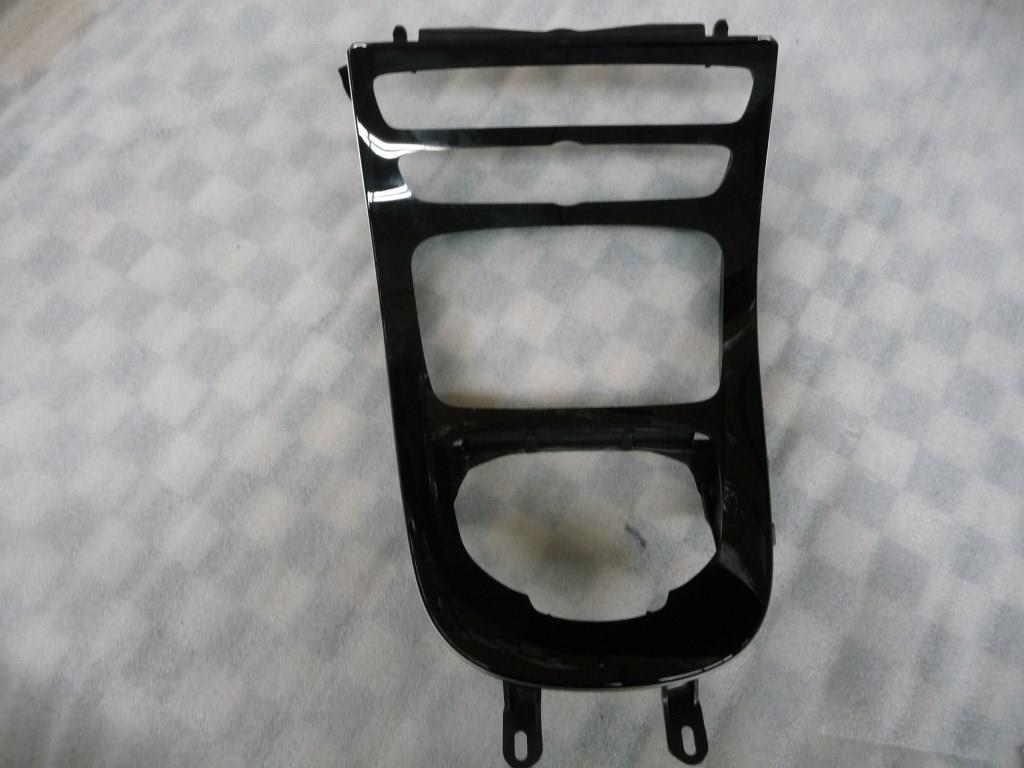 2016 2017 Mercedes Benz W213 E300 E400 Center Console Ornamental Molding A2138100815 OEM A1