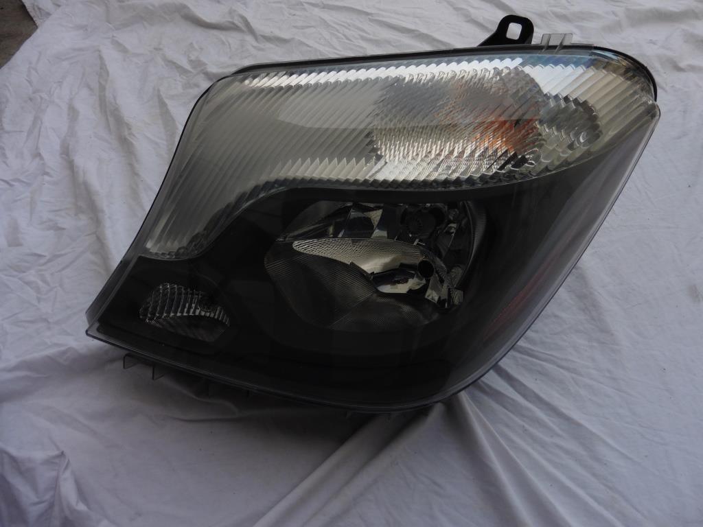 Mercedes Benz Sprinter 2500 3500 Left Driver Halogen Headlight 9068202861 OEM OE