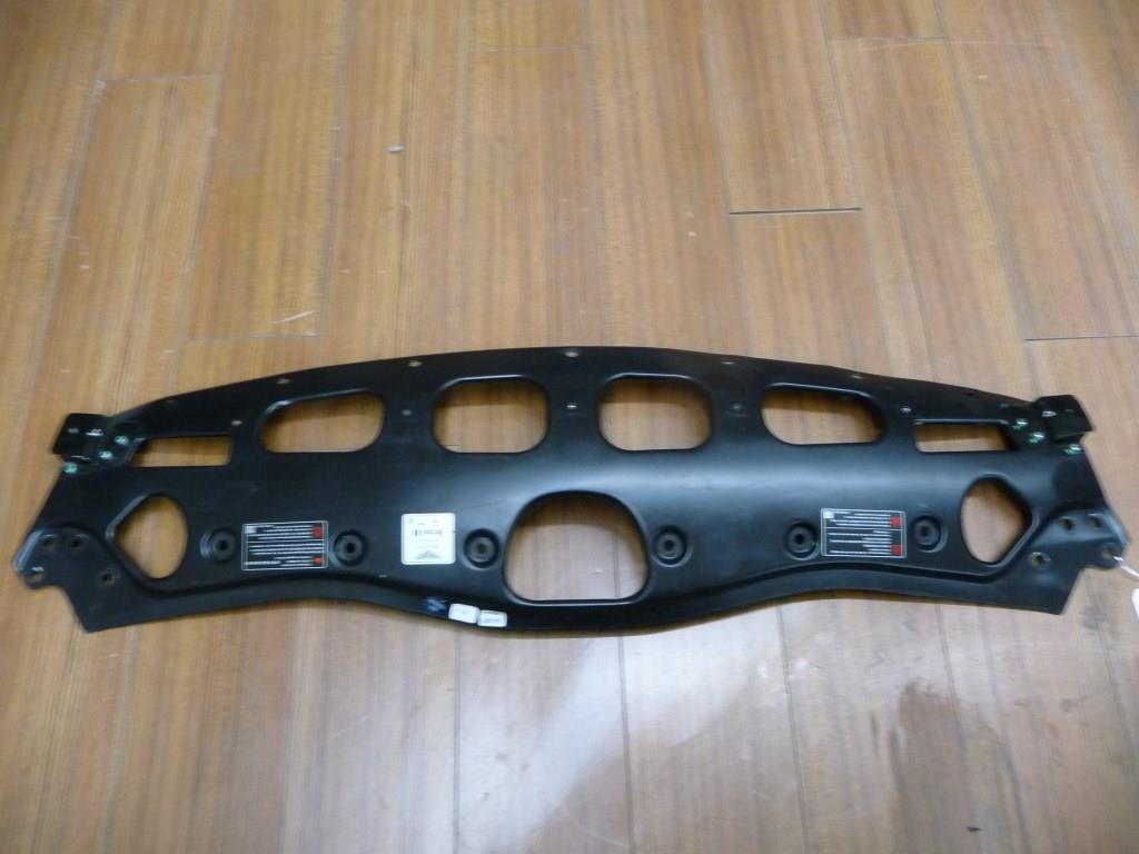 2013-2017 Bentley Continental GT Front Upper Cover Frontmaske End Plate 3W0804809N OEM A1