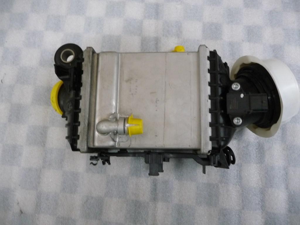 BMW 7 Series Intercooler Charge-Air Cooler 17518619390 OEM A1