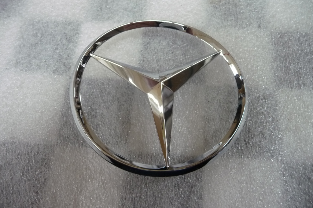 2008 2009 2010 2011 2012 2013 2014 2015 Mercedes Benz W204 C250 C300 Rear Trunk Lid Emblem Badge Star A2047580058 OEM OE
