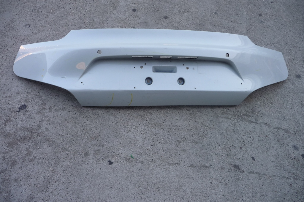 2014-2015 BMW i8 Rear Bumper Cover Center Trim Panel 51127336299 OEM OE