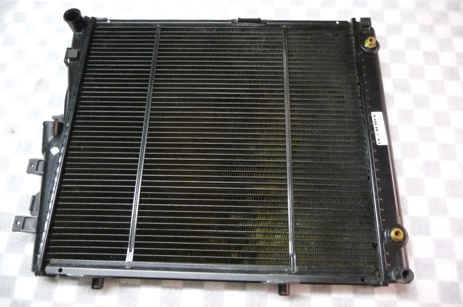 Mercedes Benz E Class E320 300E 300CE Radiator 1245009003, L-453-03/N/02 - Used Auto Parts Store | LA Global Parts