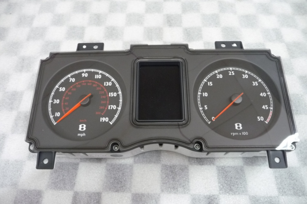 Bentley Arnage Instrument Cluster 3Z0920842B OEM A1