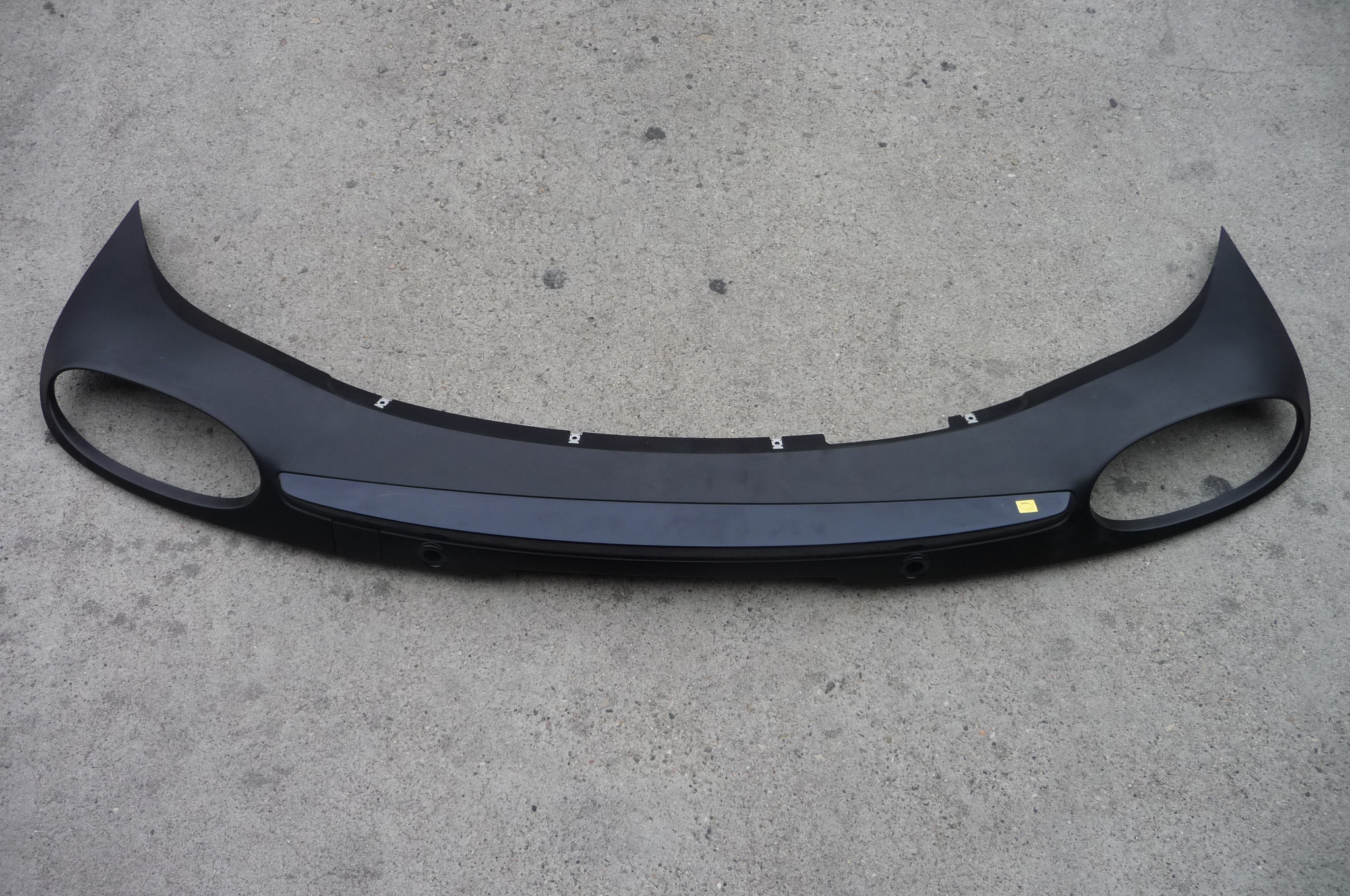 2014 2015 Bentley Continental GT GTC Rear Bumper Molding Cover Grille Skirt - Used Auto Parts Store   LA Global Parts