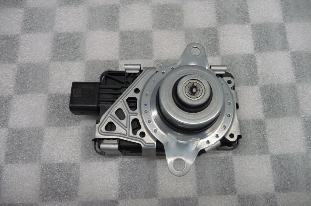 2017 BMW 5 7 Series Longitudinal Torque Module 27608485040 OEM A1