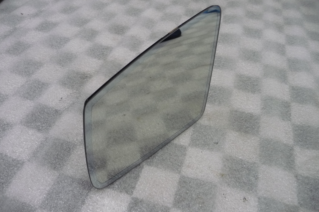 12-17 Mercedes Benz CLS E Class Left Driver Door Mirror Glass A2128100721 OEM A1