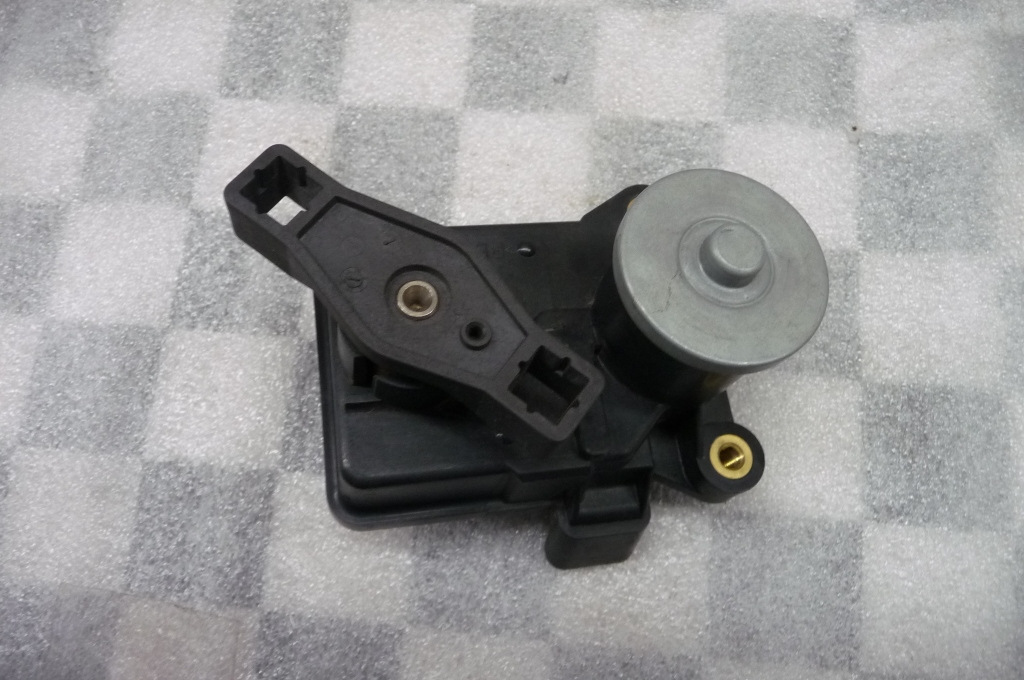 2012-2014 Mercedes Benz ML350 Air Inlet Actuator Motor A6421500594 OEM A1