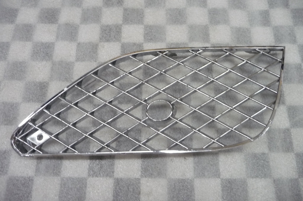 Bentley Continental GT GTC V8 Convertible Mulliner Front Right Bumper Grille
