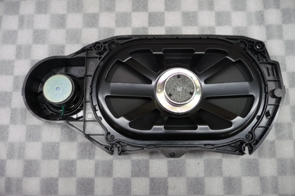 2013-2017 Mercedes Benz CLS E Class Package Tray Speaker A2128203502 OEM A1