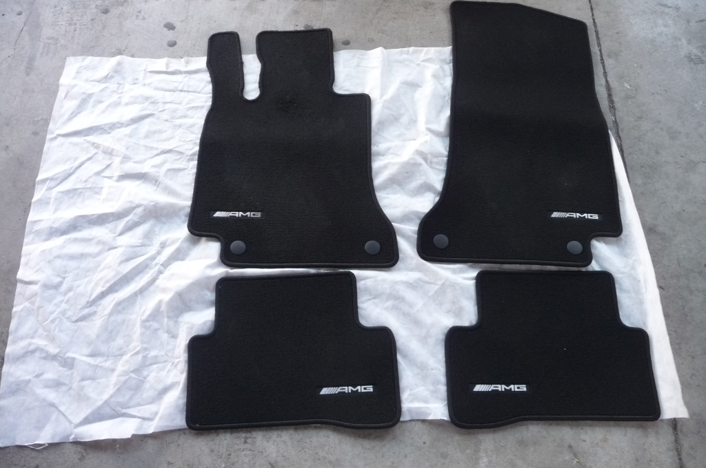 15-17 Mercedes Benz W205 C Class AMG Floor Mats Set 4 Pieces A2056806005 OEM A1