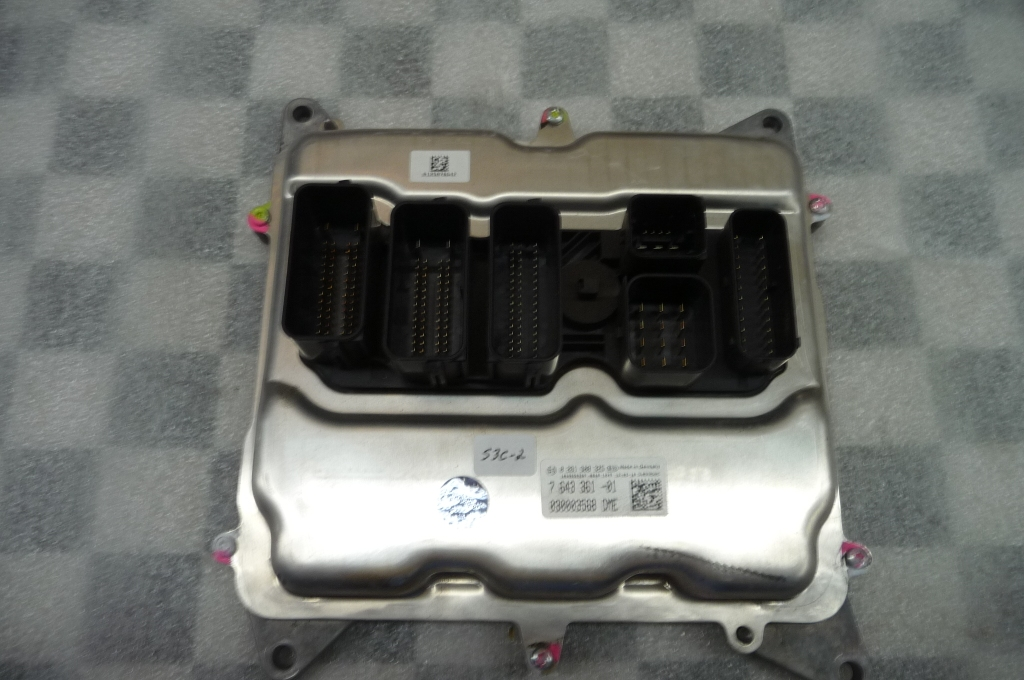 2013-2015 BMW 3 Series Basic Control Unit DME 12147643361 OEM A1