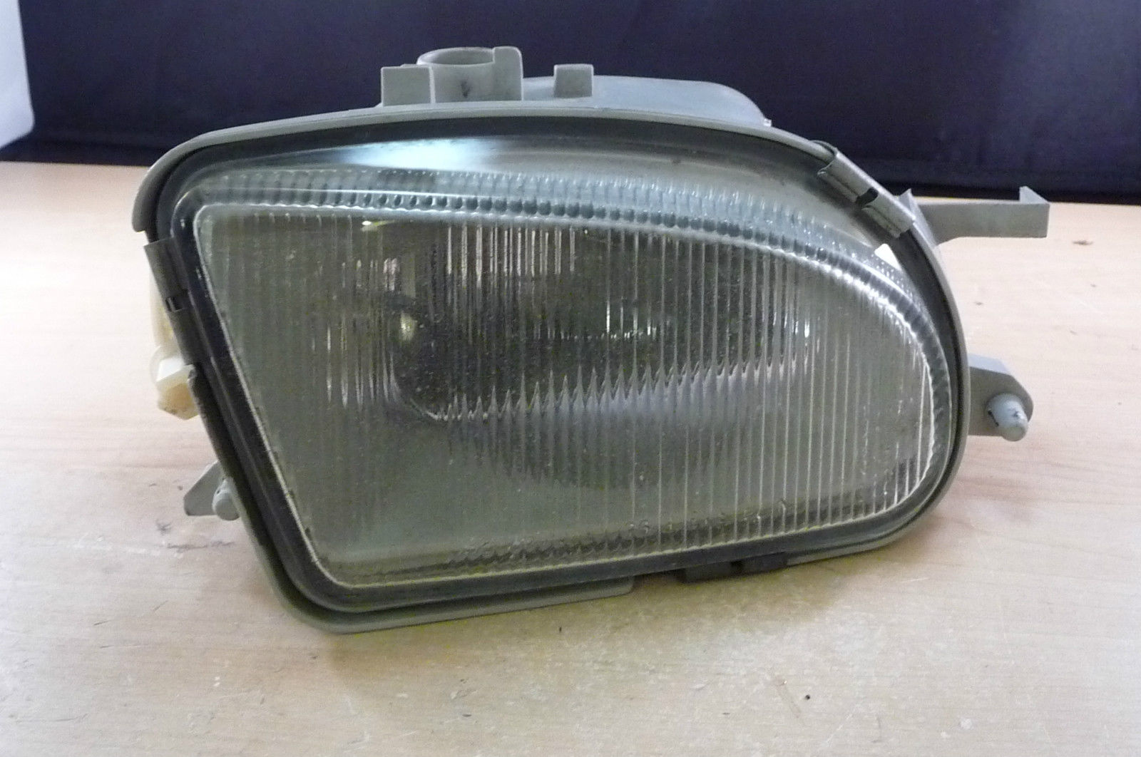 Mercedes Benz Fog Light Right Passenger RH E Class Sedan / Wagon 1708200256 OEM