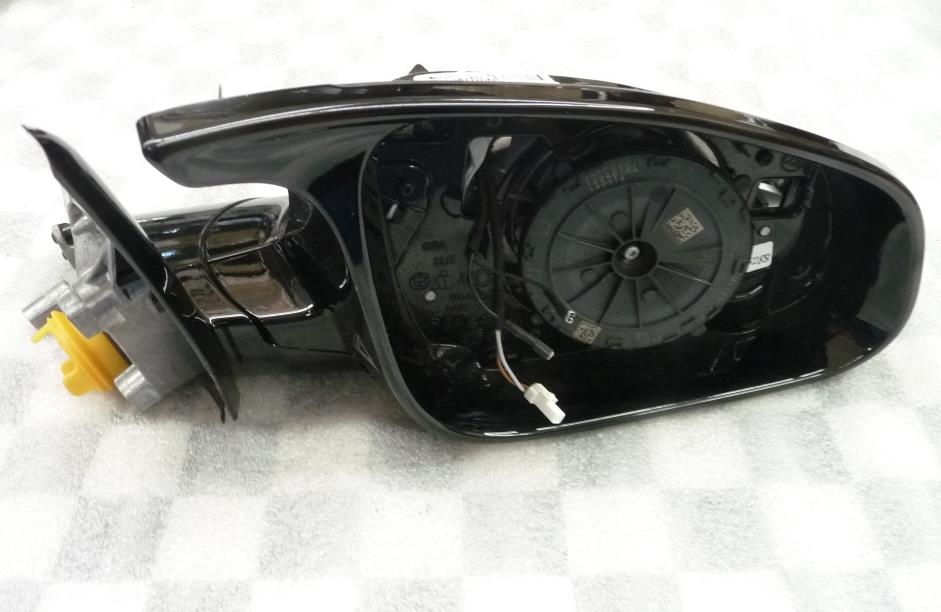14-16 BMW 4 Series Front Right Door Mirror Assy w/o Glass 51167285288 OEM A1