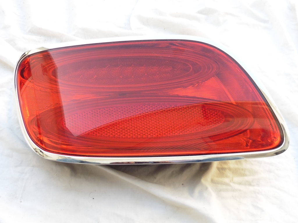 2016 2017  Bentley Continental GT GTC Left Driver Rear Taillight Lamp 3W3945095AE OEM