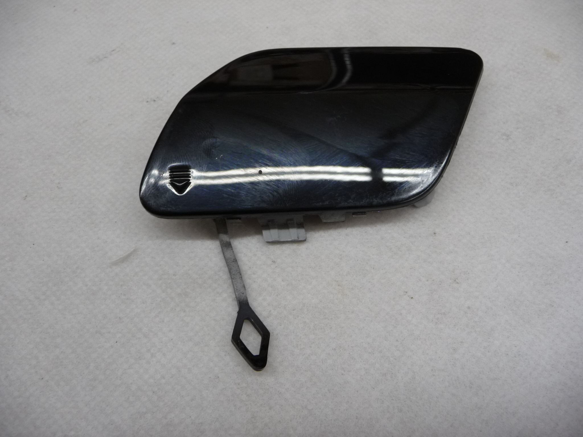 2015 2016 2017 Mercedes Benz W205 C300 Rear Bumper Tow Hook Cover A2058850224 OEM OE