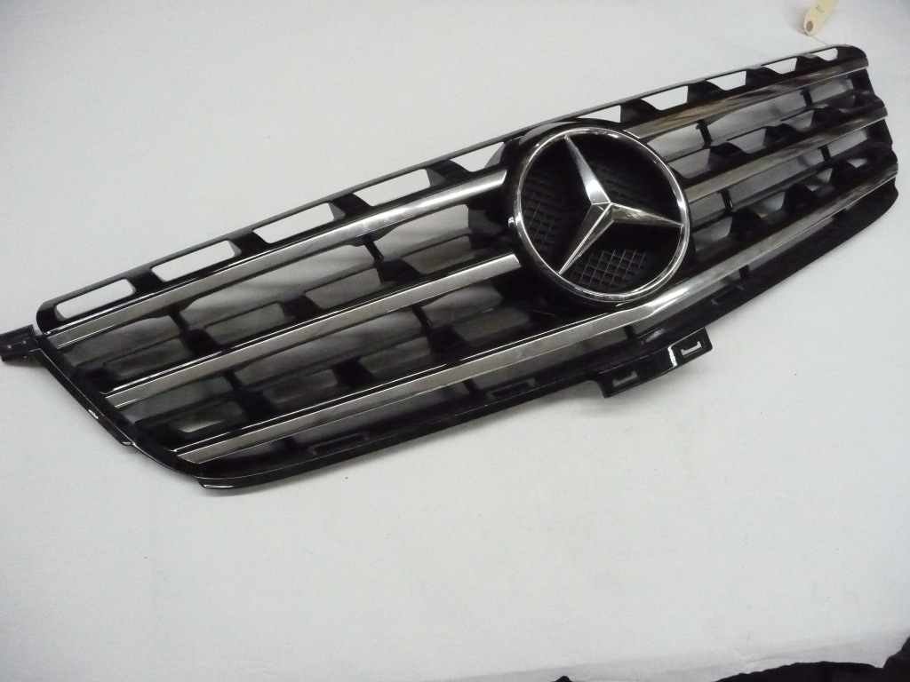 2012 2013 2014 2015 Mercedes Benz W166 ML350 Class Front Grille  Black A1668800985 9040 OEM OE
