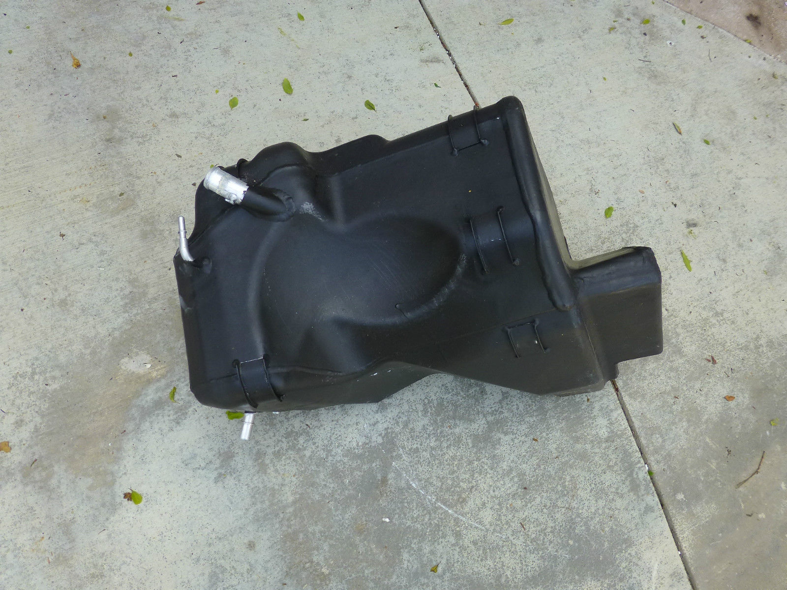 Ferrari 458 Italia Challenge Spyder Right RH Fuel Tank 257456  - Used Auto Parts Store | LA Global Parts