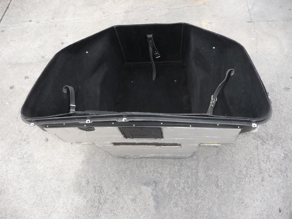 2010 2011 2012 2013 2014 2015 Ferrari 458 Italia Spider Complete Luggage Compartment Tub 81364800; 081364800 OEM OE