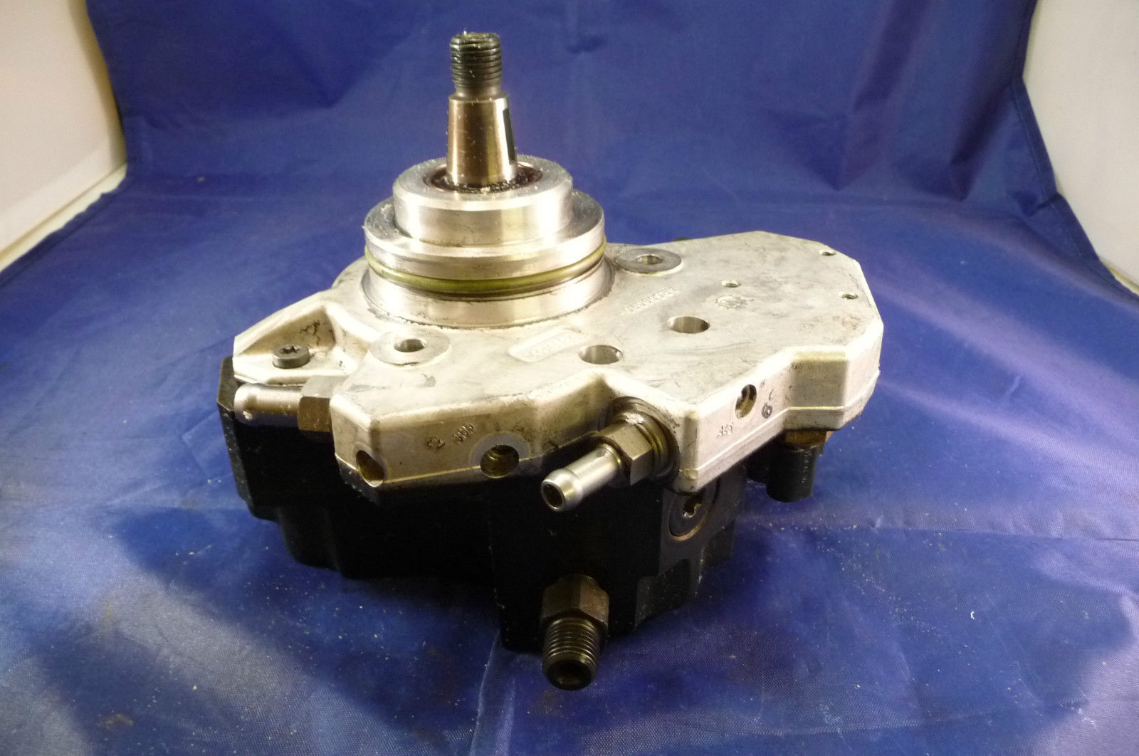 Mercedes Benz W642 High Pressure Pump A 6420701101; 6420700901 OEM OE