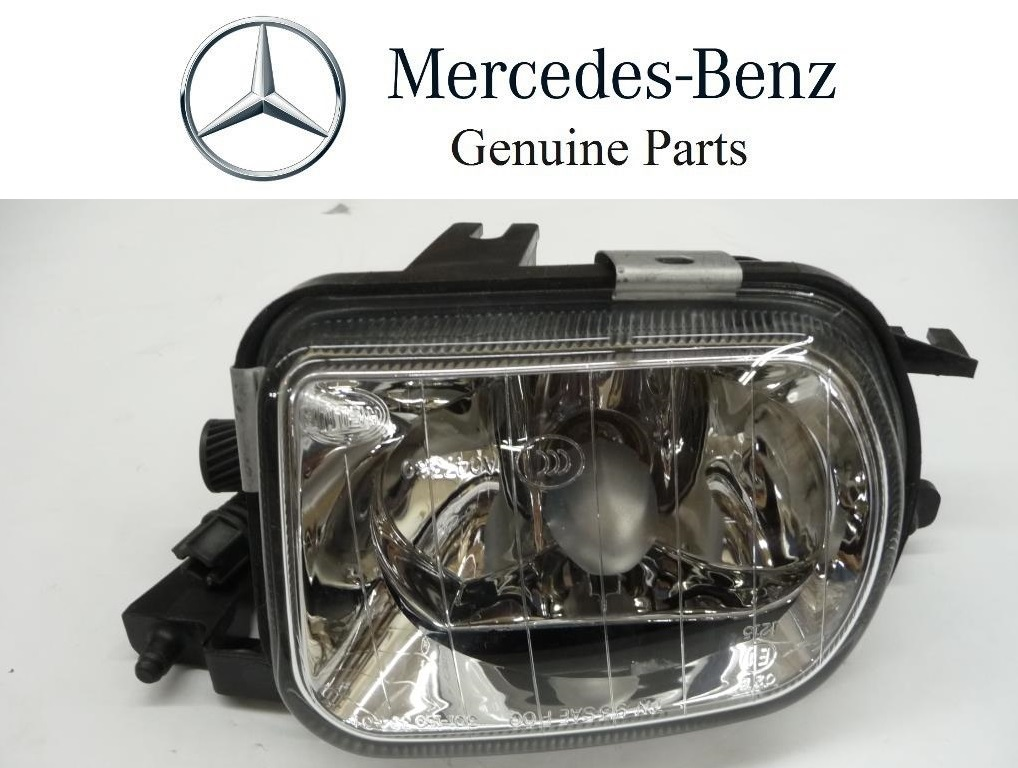 2005 2006 2007 Mercedes Benz W203 C230 C240 C280 C320 C350 C55 AMG Front Right Passenger Fog Light Lamp A2038201856 OEM OE