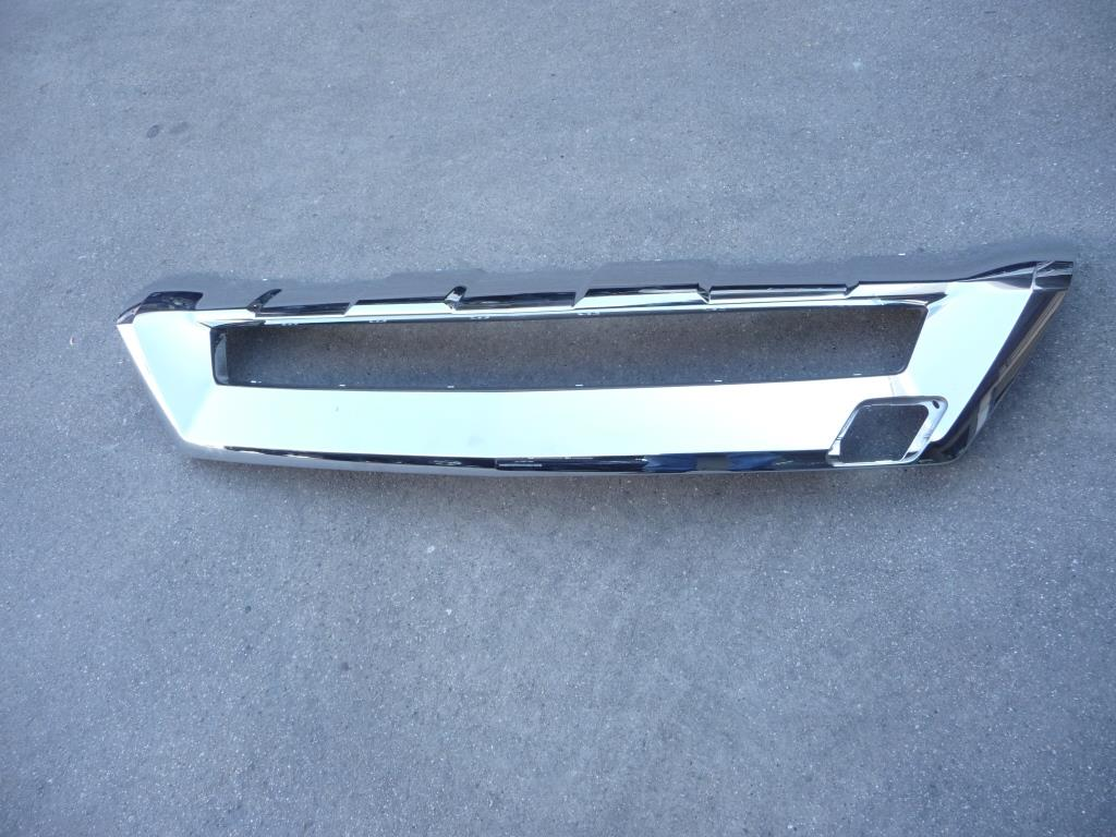 2012 2013 2014 Mercedes Benz W166 AMG ML350 Front Bumper Chrome Trim Lower Valance Skid Plate A1668805540; A1668806240; A1668806340; 2600330 OEM OE