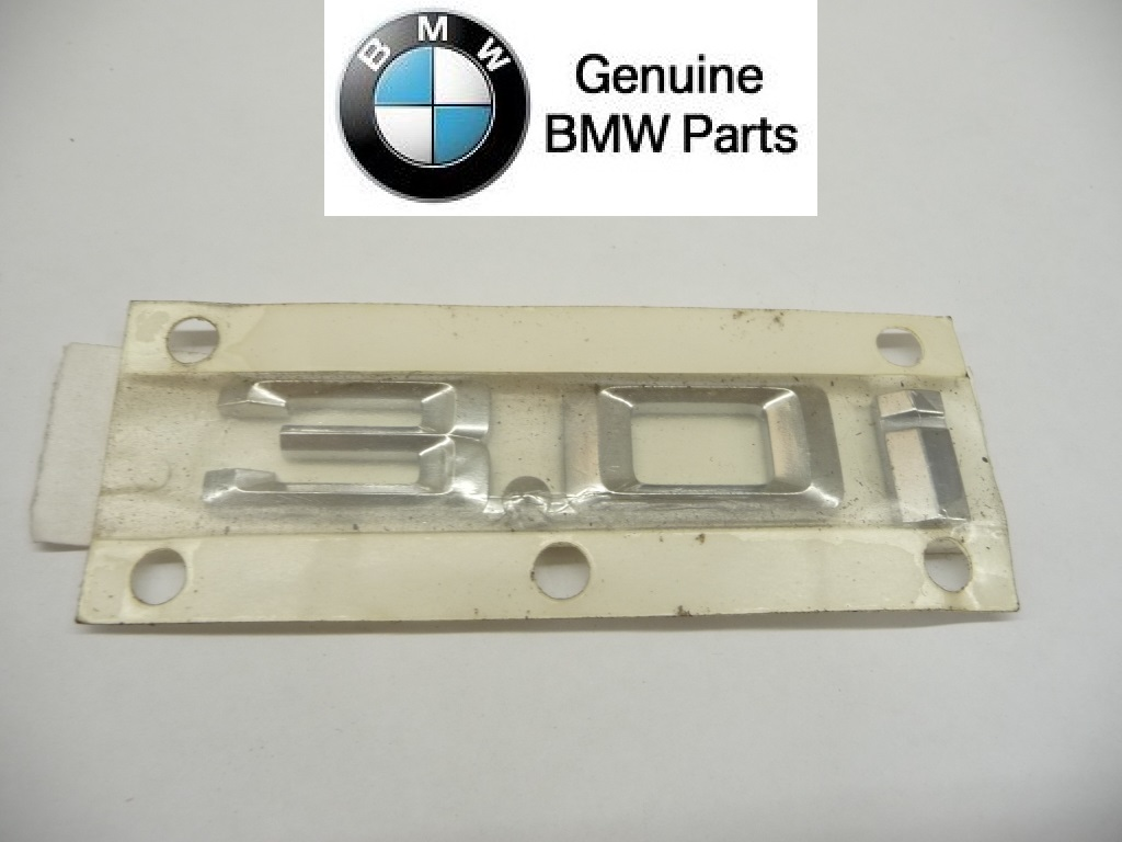 "2003 2004 2005 2006 2007 2008 BMW E85 Z4 Front Fender ""3.0i"" Emblem Logo Badge Sign 51147114723 OEM OE"