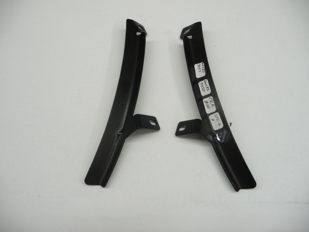 2014 2015 2016 2017 Bentley Flying Spur Radiator Grille Brackets Left & Right 4W0853957 ; 4W0853958 OEM OE