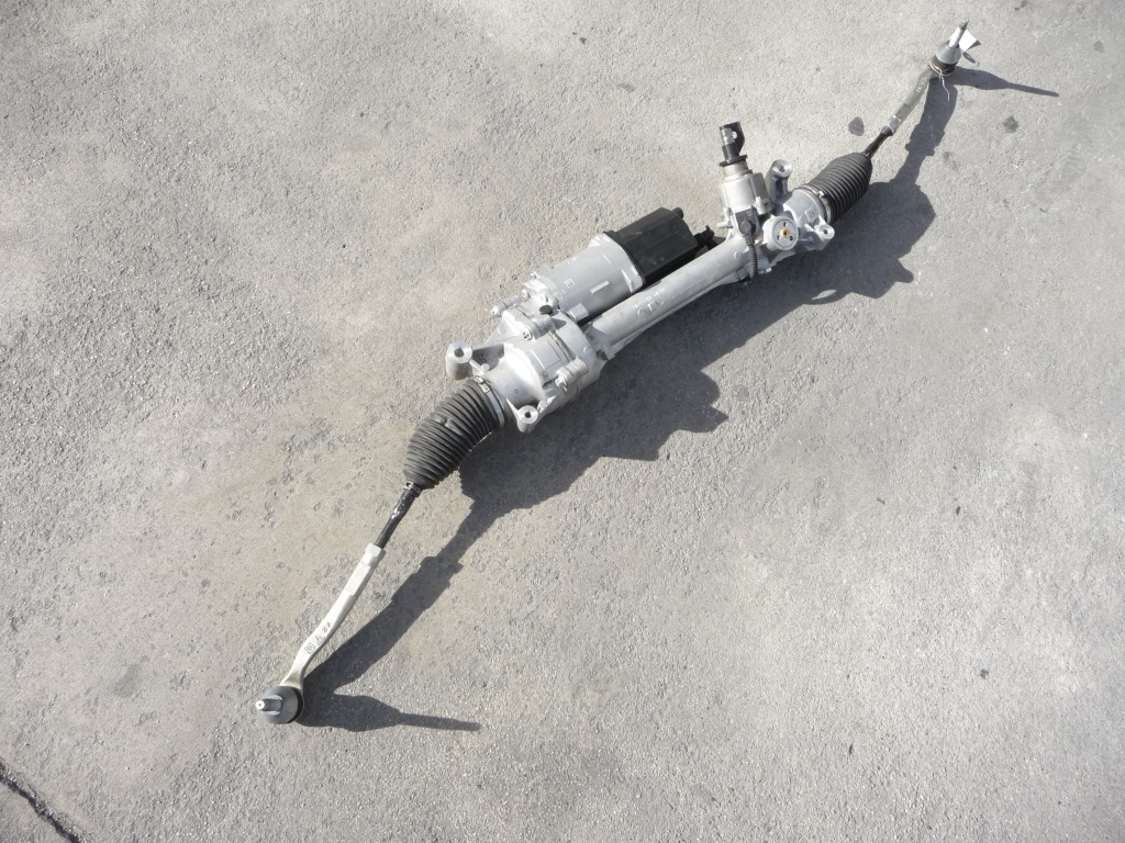 2017 Mercedes Benz W205 C300 Power Steering Gear Rack And Pinion Assembly 2054604301 OEM OE