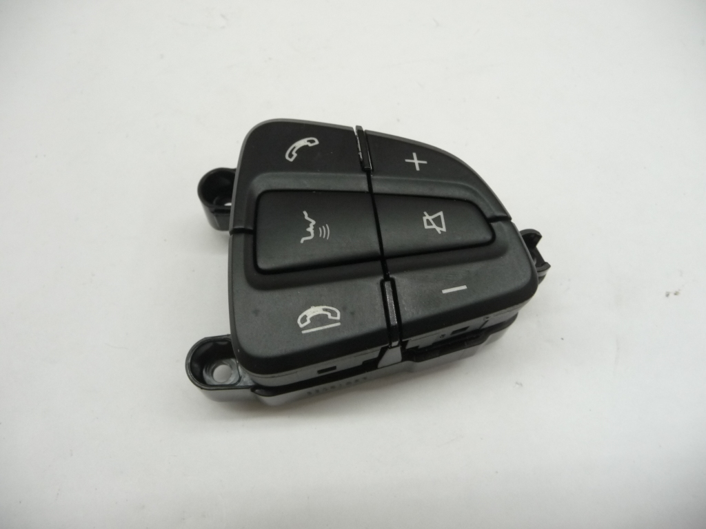 2015 2016 2017 Mercedes Benz C300 C350e GLC300 Steering Wheel Control Switch Buttons, Right, Black A0999050300 64 9107 ; A0999050300649107 OEM OE