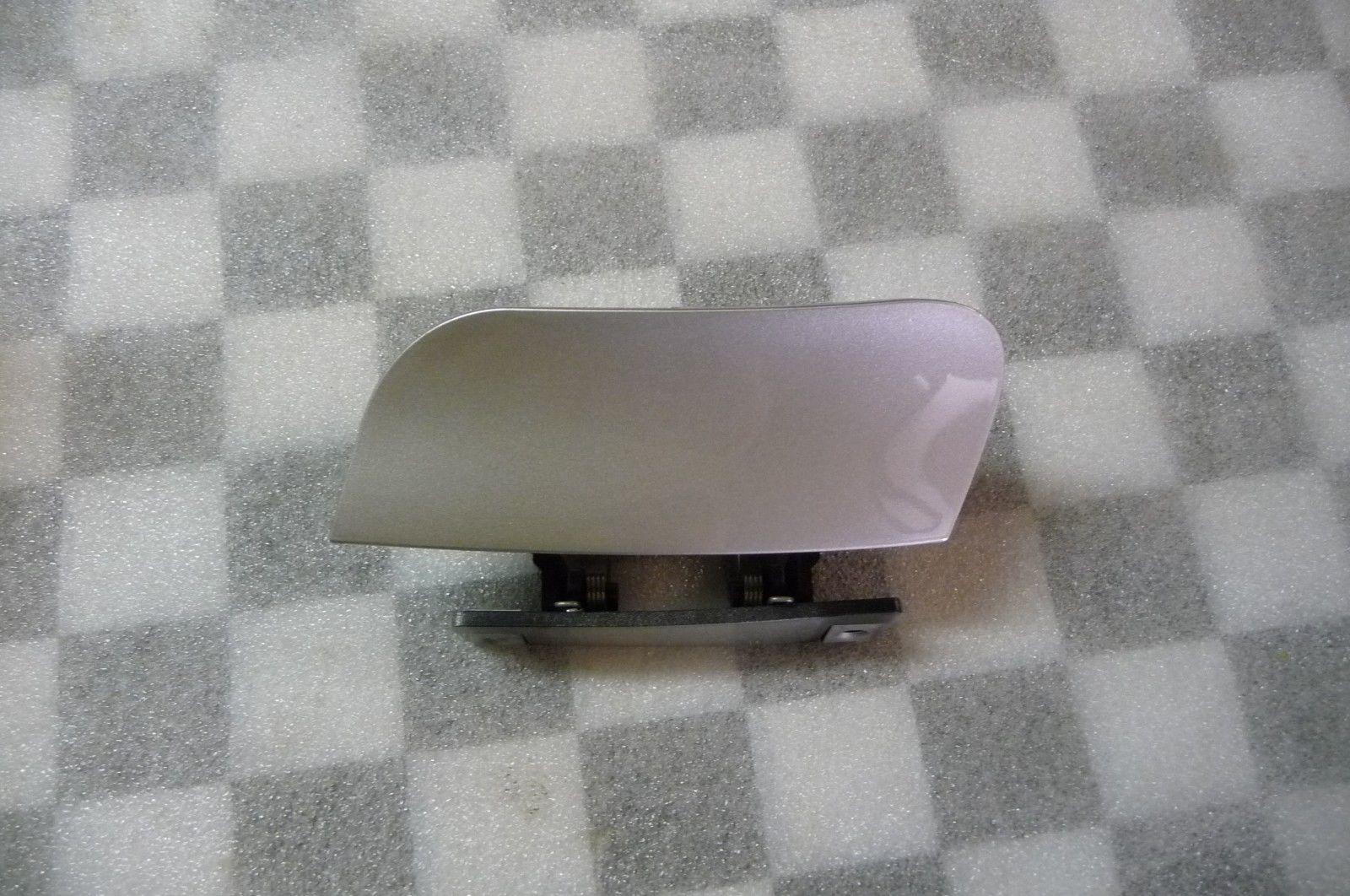 Mercedes Benz S Class Left Headlight Washer Wiper Cover A 2208800305 9744