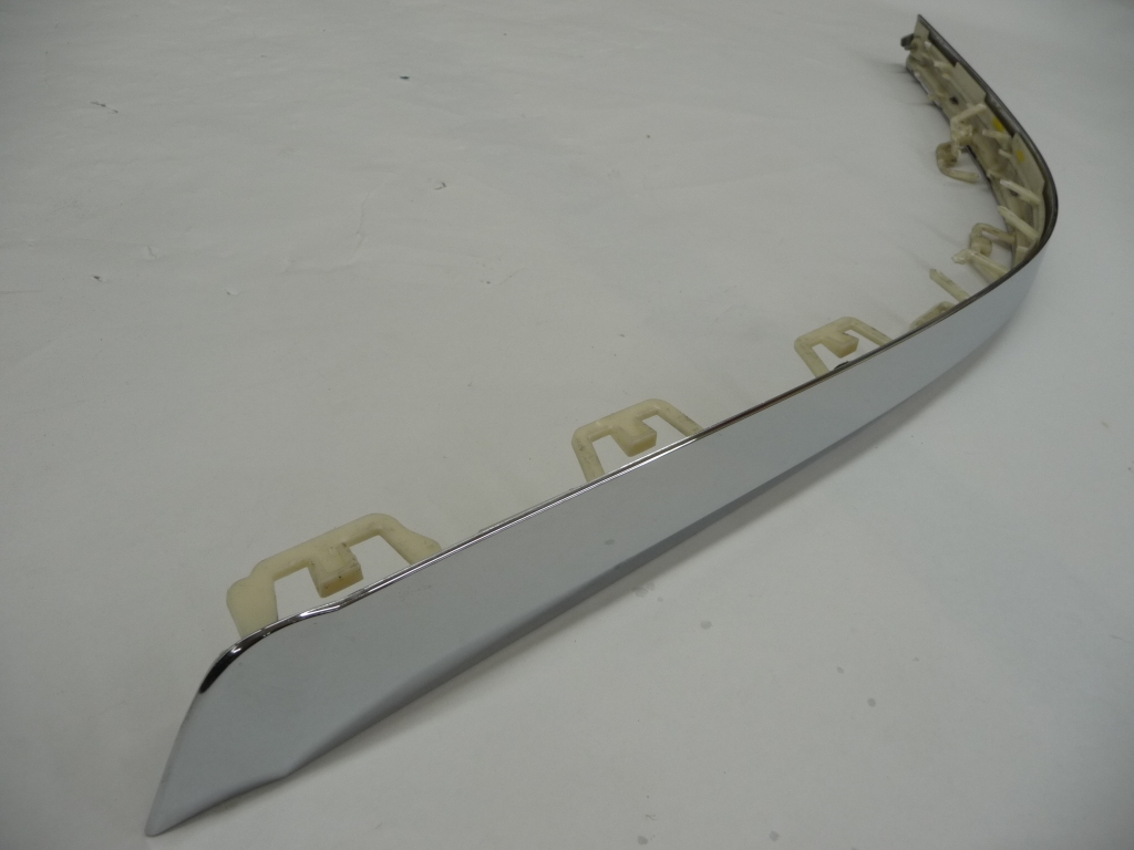 2016 2017 2018 Bentley Bentayga Rear Bumper Right Chrome Garnish Moulding Trim 36A807724 OEM OE