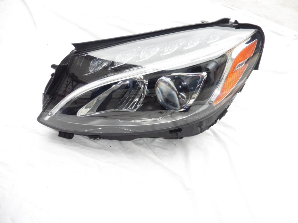 2015-2016 Mercedes Benz W205 C Class Front Left LED Headlight 2058201661 A2058201661 OEM