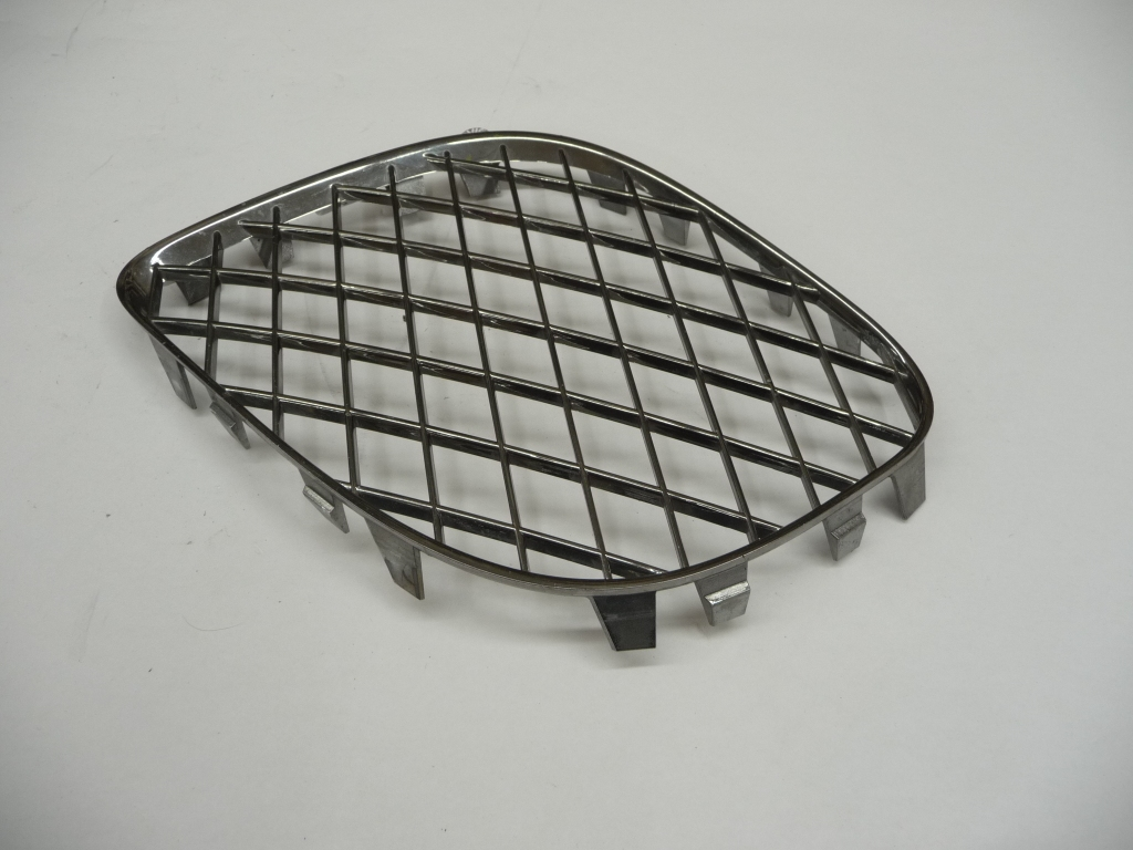 2006 2007 2008 2009 2010 2011 2012 Bentley Continental Flying Spur Front Bumper Lower Left Driver Side Grille 3W5807683E OEM OE