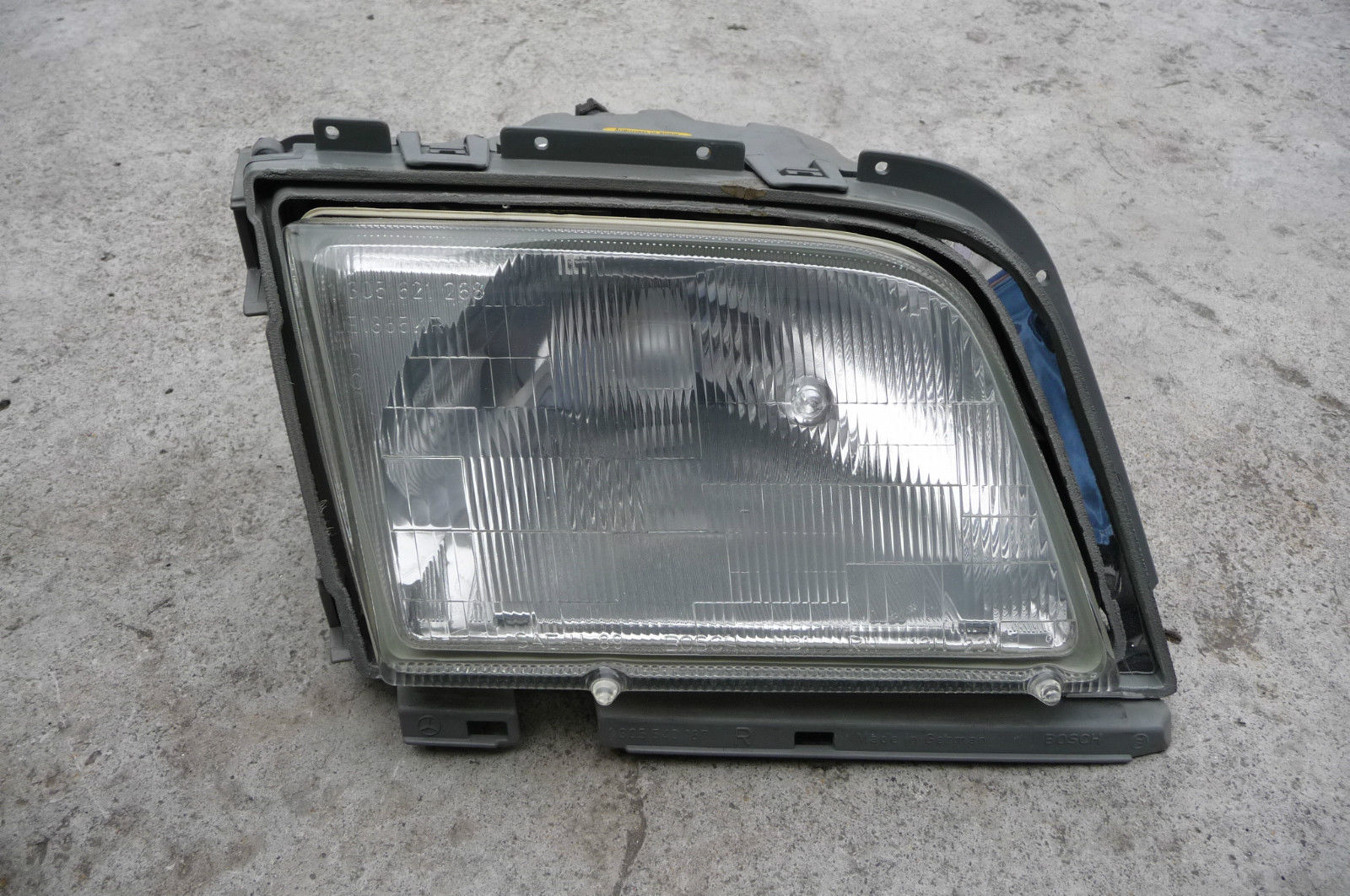 Mercedes Benz SL Class Headlight Lamp Right RH BOSCH no Blinker 0302463012 OEM