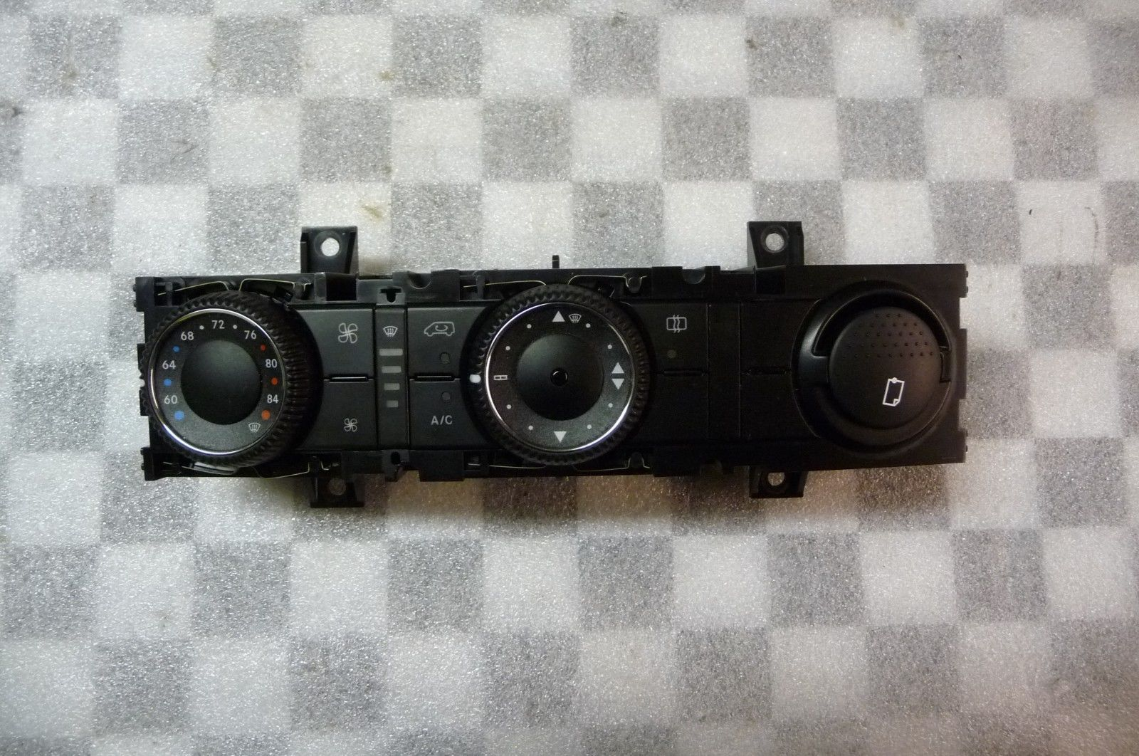 2010 2011 2012 2013 Mercedes Benz Sprinter 2500 3500 AC Air Conditioner Heater Control A9068303085 ; 9068302285 OEM OE