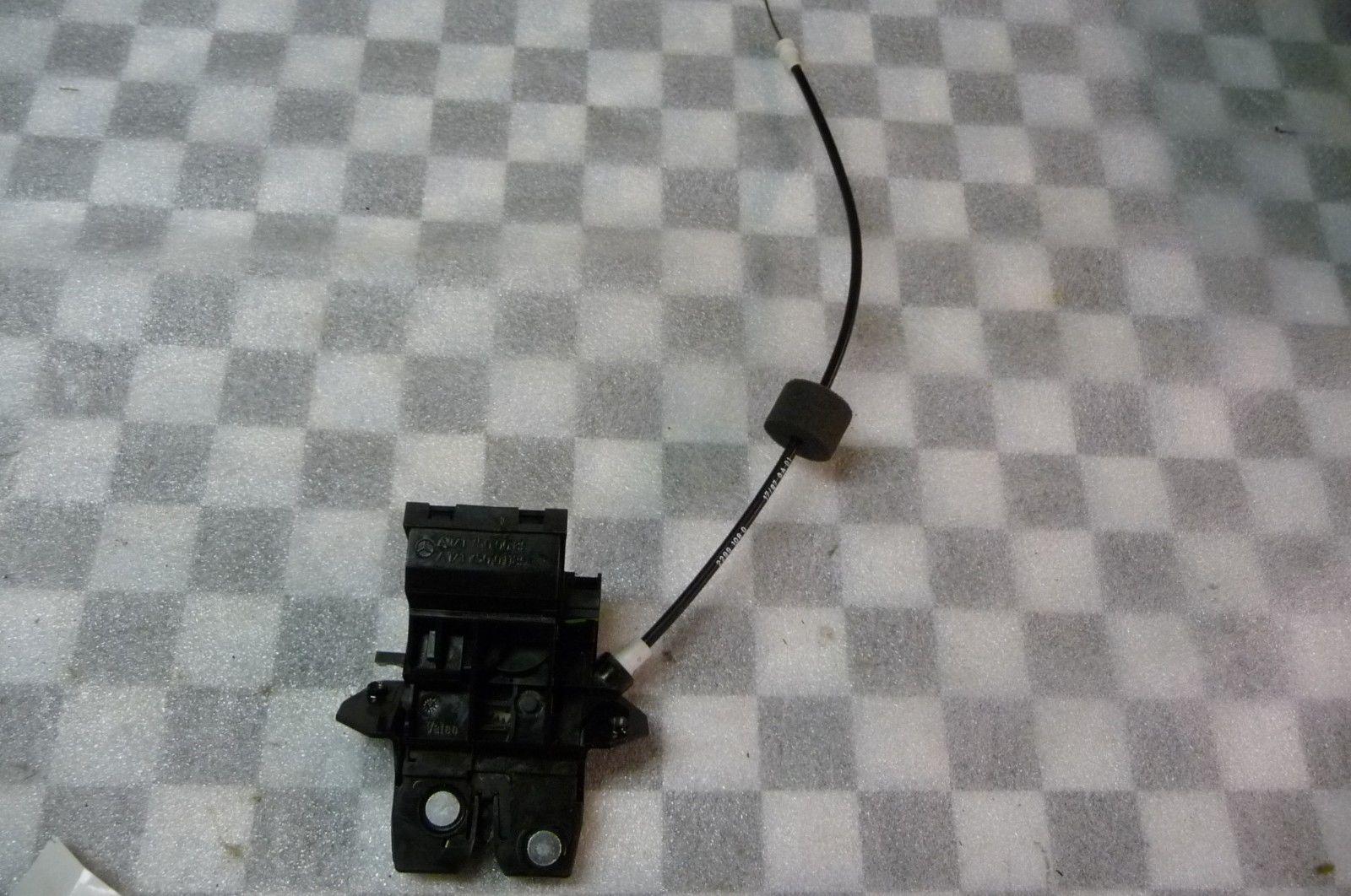 Mercedes Benz C E CLK SLK SLR Rear Trunk Lid Lock A1717500085 OEM OE