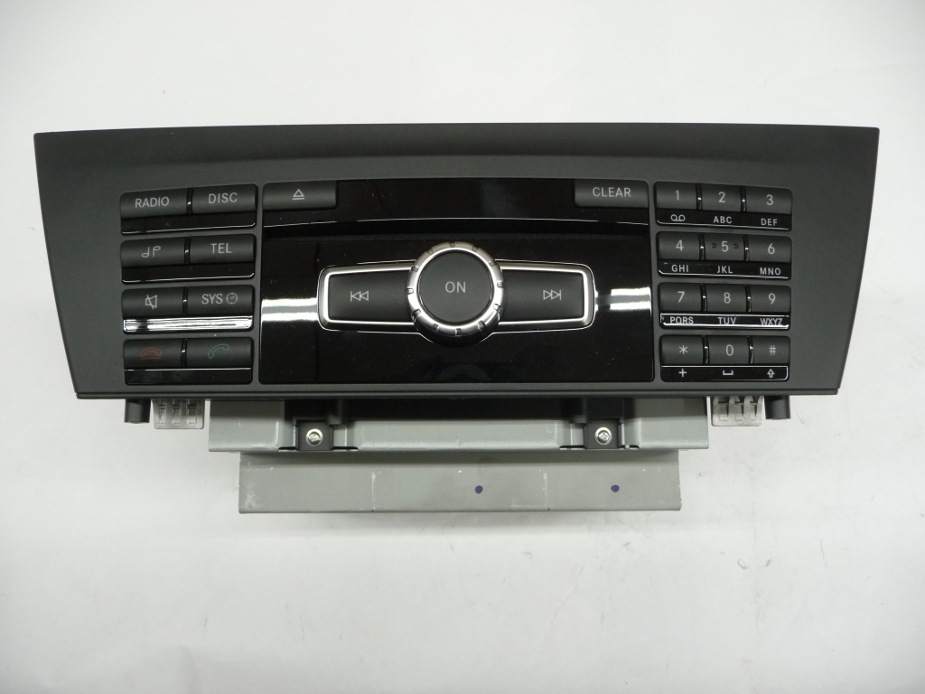 2012-2014 Mercedes Benz W204 Sound System Control Assembly Control Unit without navigation A 2049005610 OEM OE