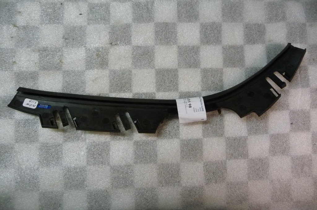 2000 2001 2002 2003 2004 2005 2006 Mercedes Benz W220 S430 S500 Front Bumper Left Seal A2208850198 OEM OE