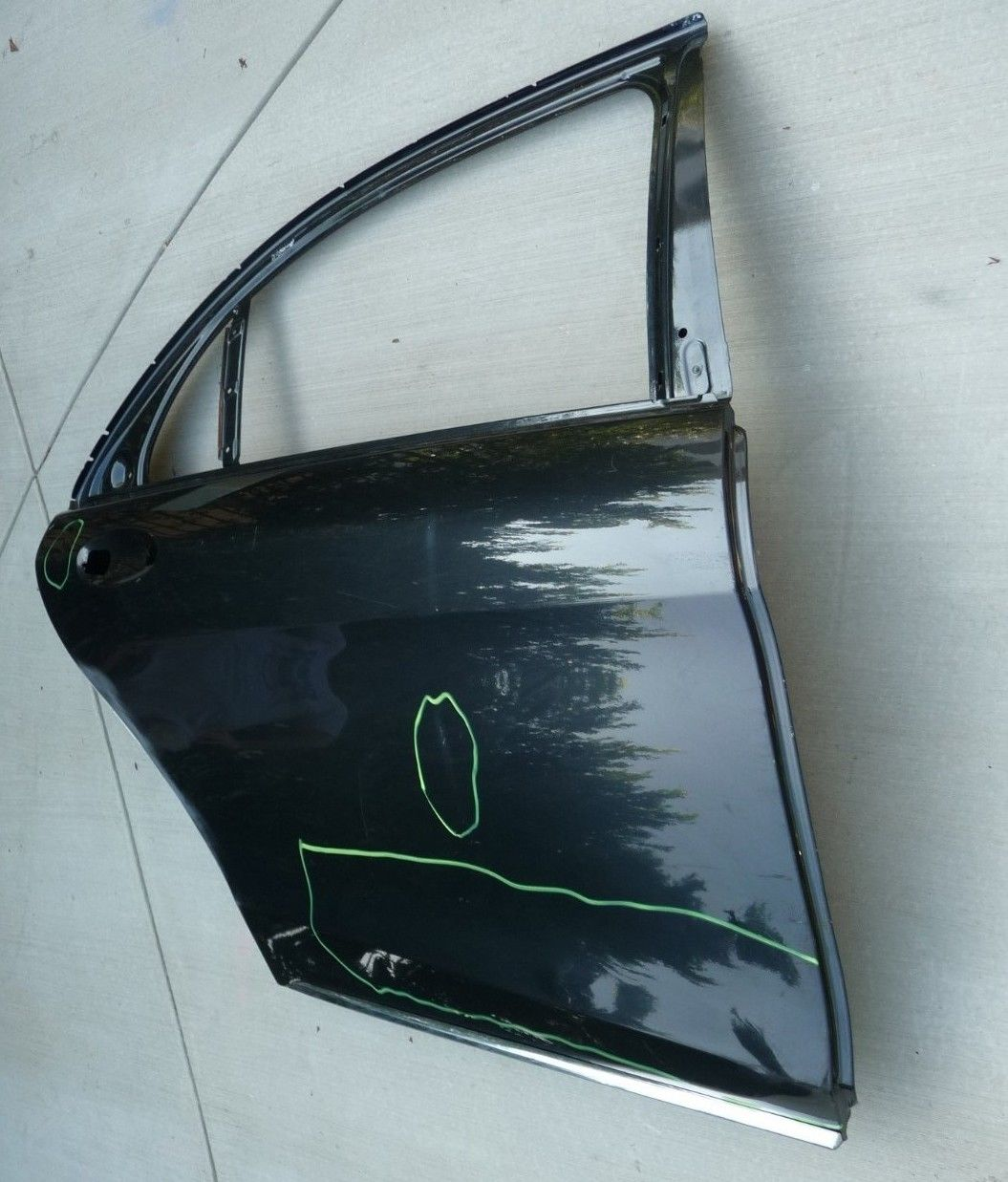 Mercedes Benz S Class W222 Rear Right Passenger Door Shell 2227320210 OEM OE