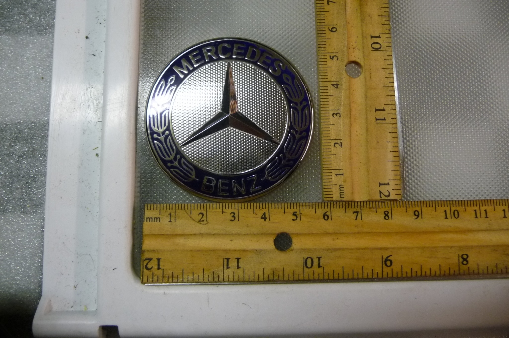 Mercedes Benz B C E G R S Company Sign Logo Emblem Badge 1298880116 OEM OE