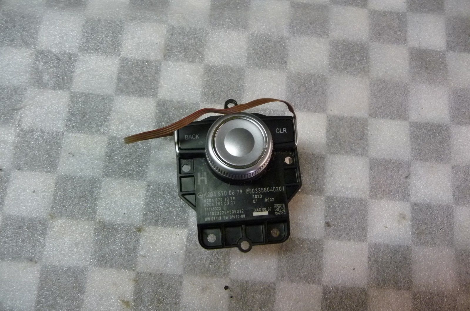 Mercedes Benz C Class Audio Command Control Push Button Switch A2048700679 OEM